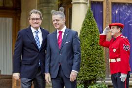 Urkullu y Mas «harán frente» juntos al proceso «recentralizador» del Gobierno