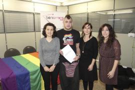PSIB, MÉS y Ben Amics piden medidas contra la discriminación de gays y lesbianas