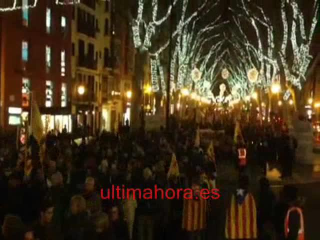 La manifestación de la Diada de Mallorca reúne a más de 2.500 personas en Palma
