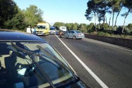 Cuatro heridos en un choque frontal en la carretera del Cap Blanc