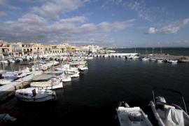 El CM Molinar considera favorables los informes sobre la ampliación del puerto