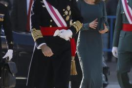 El Rey recupera el vistoso protocolo castrense de la Pascua Militar