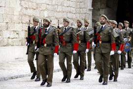 El comandante general de Balears asegura que la «transparencia preside las actuaciones de las Fuerzas Armadas»