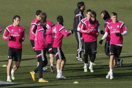 El Atlético y Torres desafían al Real Madrid en un derbi imponente