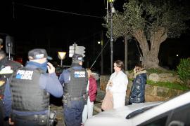 Un  fuego intencionado, a punto de acabar con la vida de una familia en Andratx