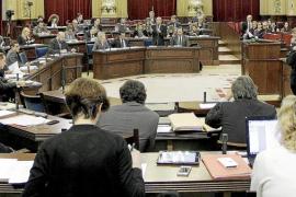 El PP presenta una ley que impedirá ampliar el número de altos cargos