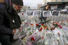 Marchas silenciosas en Francia por 'Charlie Hebdo'