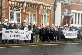 Unas 150 personas piden justicia en Londres para Irene y Jonatan