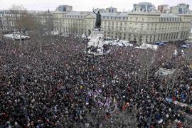 Más de un millón de defensores de la libertad de expresión toman París