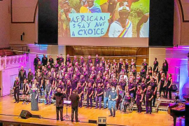 El Mallorca Gay Men's Chorus triunfa en el Cadogan Hall de Londres
