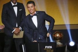Cristiano Ronaldo recoge su tercer Balón de Oro
