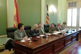 La policía judicial se persona en la comisión de investigación sobre son Espases