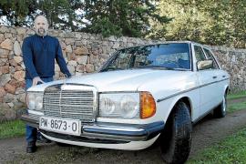 Mercedes 200 de los años ochenta
