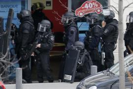 Detenido por la Policía el hombre que había  tomado al menos dos rehenes cerca de París