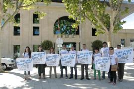 'Al Molinar, port petit' reclama la retirada definitiva del proyecto de ampliación
