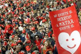 El Parlamento foral aprueba la ley para garantizar la práctica de abortos en Navarra