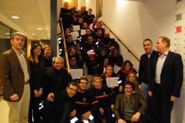 Los 31 nuevos voluntarios de Protección Civil de Mallorca reciben su diploma