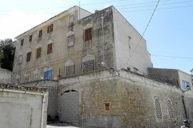 La demolición de Ca ses Monges caduca y paraliza la construcción de adosados