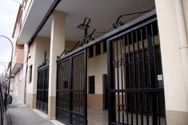 Detenido un hombre que irrumpió en Sant Pius X de Palma y persiguió al cura con un cuchillo