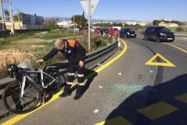 Un ciclista, herido al estrellarse en la carretera de Manacor