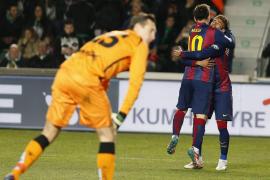 El Barcelona, con Messi y Neymar al frente, abusa del Elche
