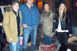 'Foguerons' de Sant Sebastià en las céntricas calles de Palma