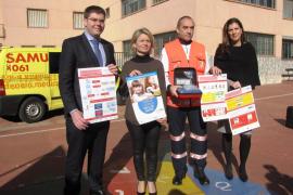 El Govern dota con desfibriladores 12 centros donde estudian niños con cardiopatías