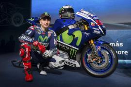 El equipo Yamaha presenta las motos para la próxima temporada