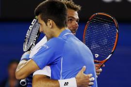 Djokovic liquida a Wawrinka y logra su quinta final en el Abierto de Australia