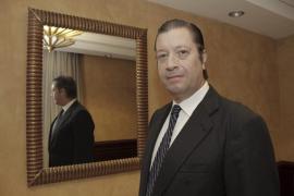 La Assemblea de Docents denuncia a Alcover por incompatibilidad y el Govern la niega