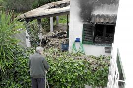 Un incendio destroza un chalet de Crestatx, en sa Pobla