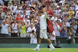 Federer, Venus y Djokovic pasan a octavos en el torneo de Wimbledon