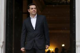 Tsipras inicia una gira por Europa para retomar las negociaciones económicas