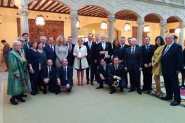 El Teatre Principal de Maó y a Joan Pons reciben la Medalla de Oro al Mérito en las Bellas Artes