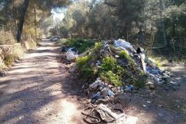 MÉS denuncia un vertedero ilegal  en Sant Jordi de más de 200 metros