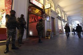 Un ataque a militares en el centro judío de Niza reaviva la alerta antiterrorista