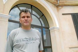 El alcalde Burguera presenta hoy su dimisión con medio año de retraso