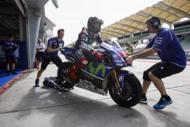 Márquez le quita el mejor tiempo a las Yamaha en el último suspiro