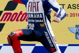 Lorenzo: «Valentino (Rossi) ha sido para mi un maestro estos dos años»