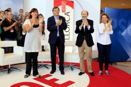 El PSOE culpa a la derecha de la crisis económica y le pide ayuda