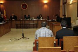 El juicio por torturas contra dos policías nacionales se retrasa una semana
