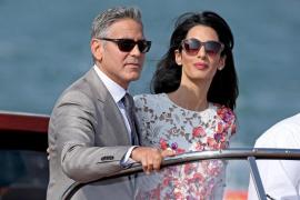 George Clooney y Amal Alamuddin en Venecia durante las celebraciones de su boda
