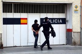 Detenido un joven acusado de violar a una mujer en una travesía de la calle Aragón