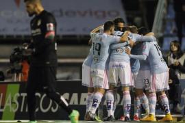 El Atlético dificulta sus opciones de revalidar el título liguero