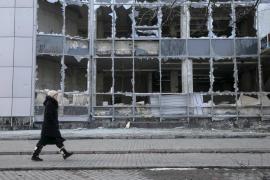 Kiev denuncia 112 ataques de los separatistas incumpliendo el alto al fuego