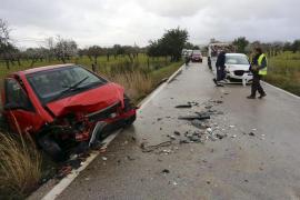 Dos mujeres heridas tras un choque frontal en la carretera de s'Esgleieta