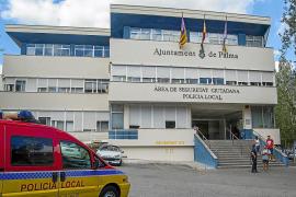 Investigan si un policía local detenido por corrupción violó una orden de protección