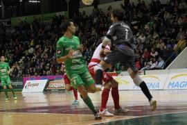 El Palma Futsal sucumbe ante el Magna Navarra