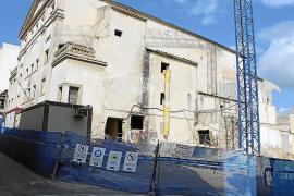 La constructora del Principal recortó el personal hasta ahorrarse 300.000 euros
