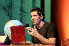 César Bona: «Hay que lograr que los niños sean protagonistas de su aprendizaje»